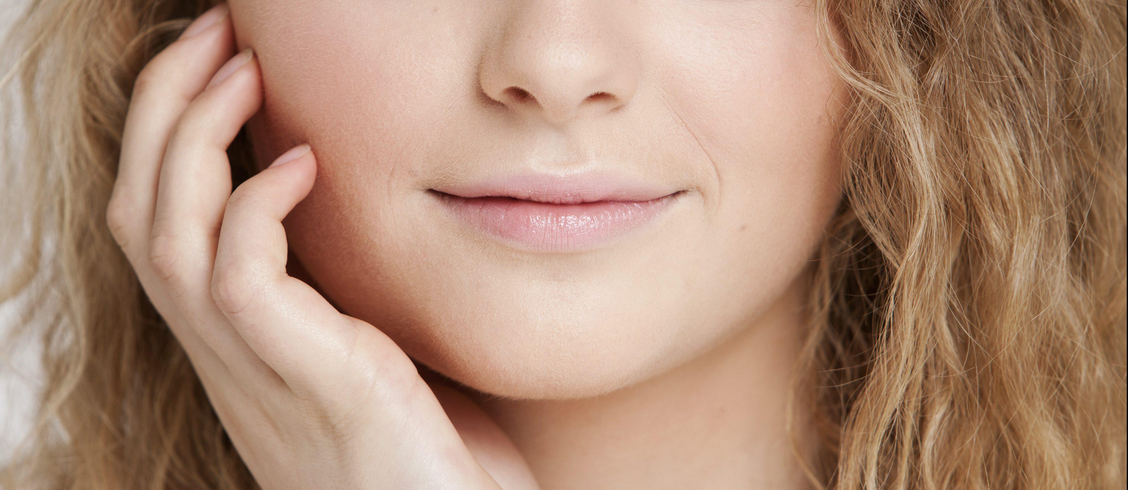 Afhangende mondhoeken behandelen